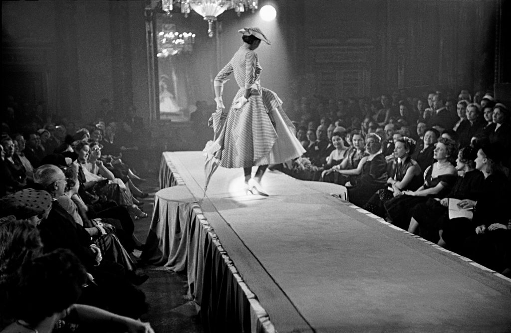 1951, Paris, fashion show