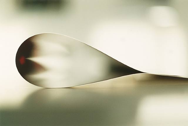 Wolfgang Tillmans, paper drop (New York) I, 2008, C-print, exhibition copy. Image courtesy of the artist and the Andrea Rosen Gallery
